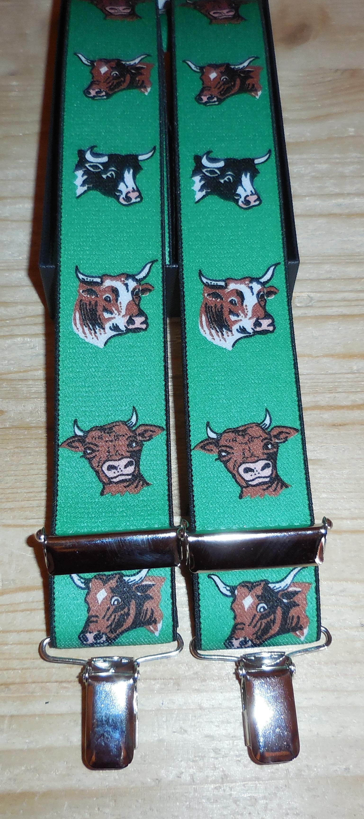 Hosenträger grün, Kuh Köpfe
